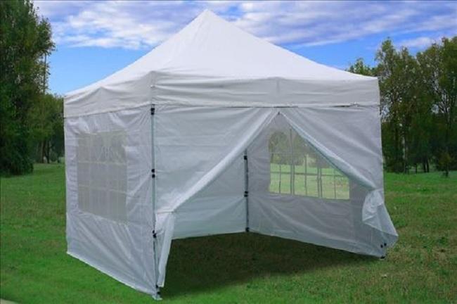 Custom Folding Tents: Advantages and Disadvantages