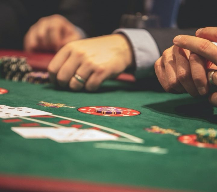 Finding the Right Site to Play Poker Online