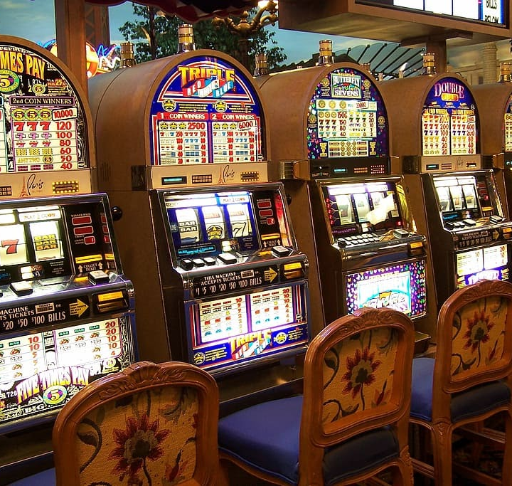 Online Gambling: What Is It and Its Features